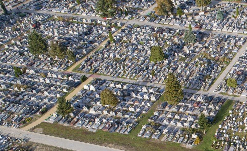 Zakończono budowę odwodnienia cmentarza komunalnego